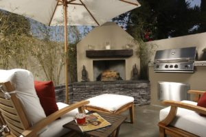 10 Small Patio Ideas Perfect for Entertaining