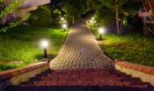 6 Tips for Creating Curb Appeal on a Budget