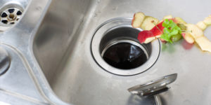 Do's and Don'ts To Prevent A Garbage Disposal System From Repair