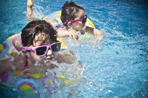 Here Are 5 Ways to Know if Have a Child-Friendly Swimming Pool