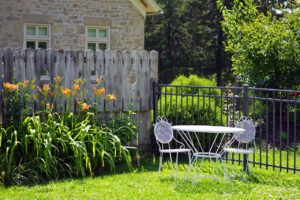 6 Best Ways to Organize Your Backyard
