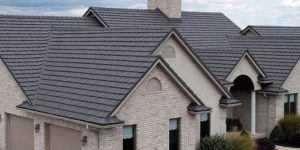 Metal Roof vs. Asphalt Shingle Roof: The Complete Guide