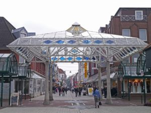 8 Key Things to Remember About Glass Canopy
