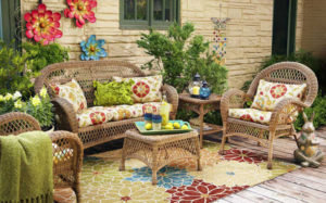 Top 10 New Ways How to Decorate your Outdoor Space