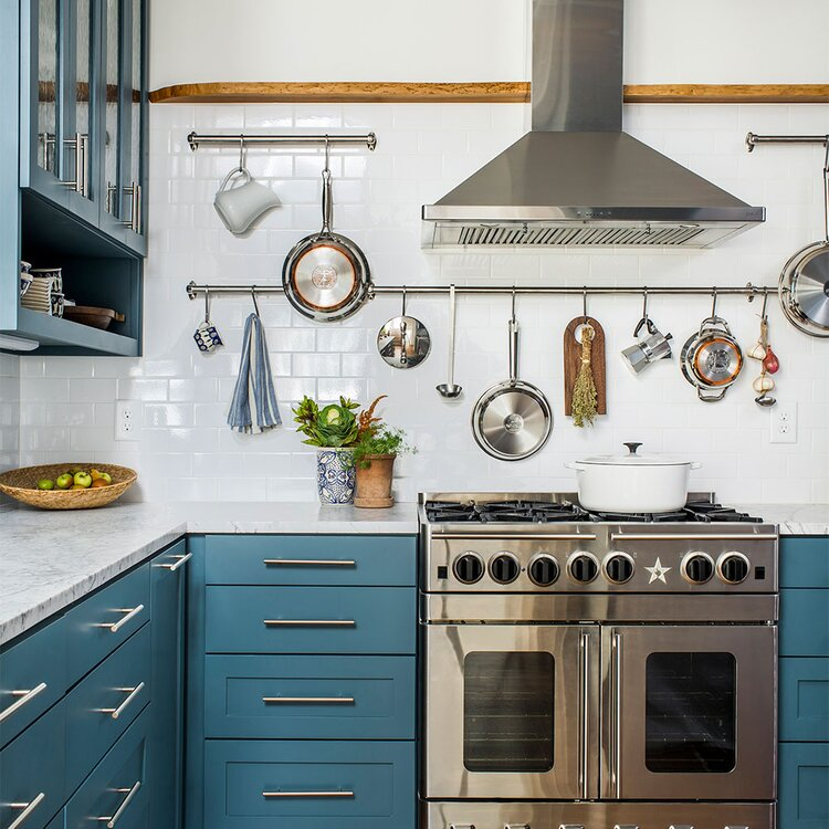 kitchen with white subway tile backsplash